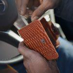 7 porad jak wyczyścić skórzany portfel